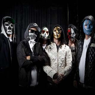 Hollywood Undead – Outside Lyrics | Letras | Lirik | Tekst | Text | Testo | Paroles - Source: musicjuzz.blogspot.com
