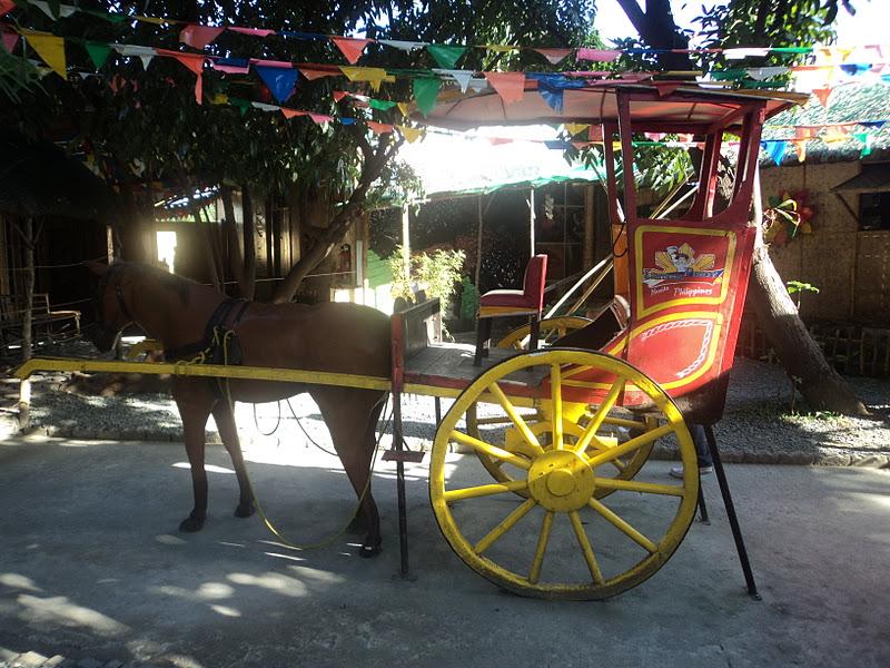 Pagkatapos sa station 1, pinalibot na kami dun sa Kulturang Pilipino.
