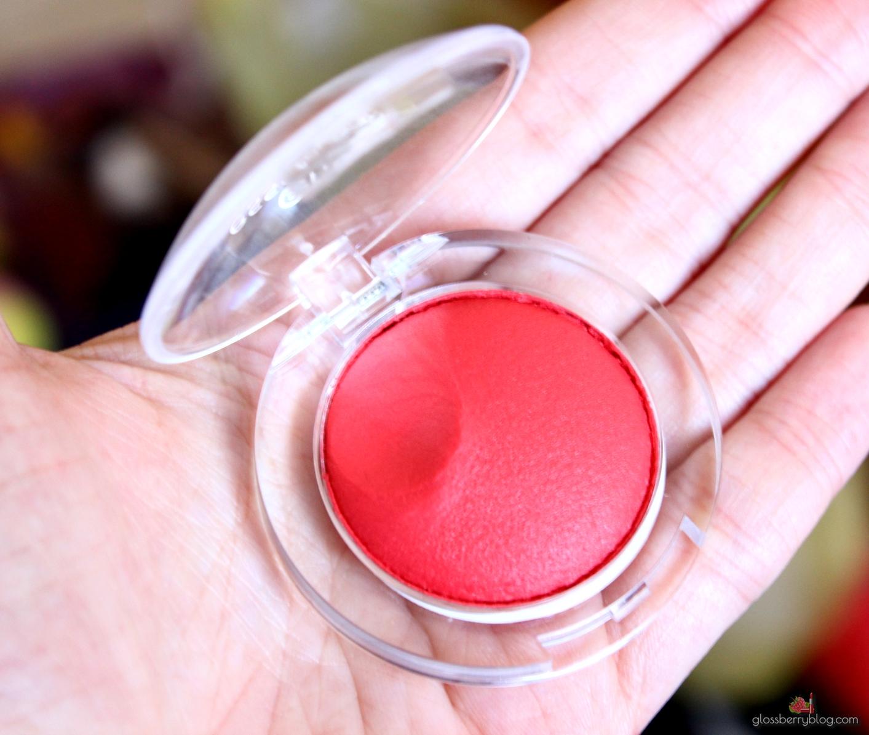 Essence - Come to Town Collection is that you santa lipstick blush אסנס קולקציה סילבסטר מהדורה מוגבלת סקירה סומק קרמי שפתון גלוסברי בלוג איפור וטיפוח