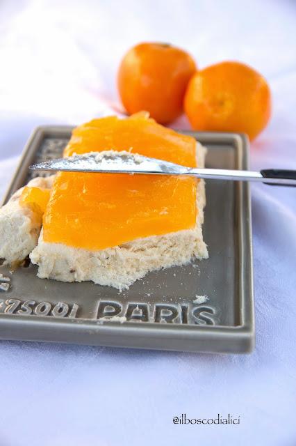paté di baccalà in olio cottura con gelatina al mandarino