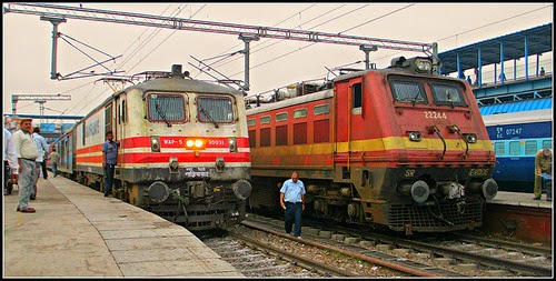 Railways Launch App for Booking Unreserved Ticket |Download & Install App