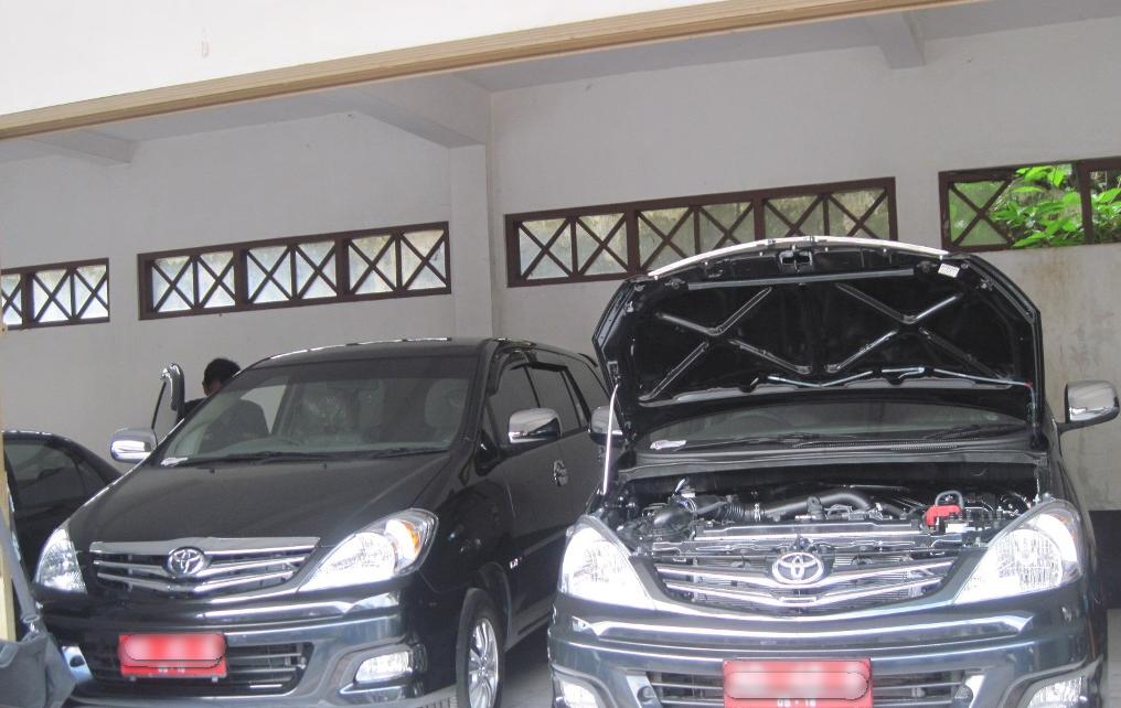 mantan pejabat di indramayu masih gunakan mobil dinas indramayu post com mediane wong dermayu. Black Bedroom Furniture Sets. Home Design Ideas