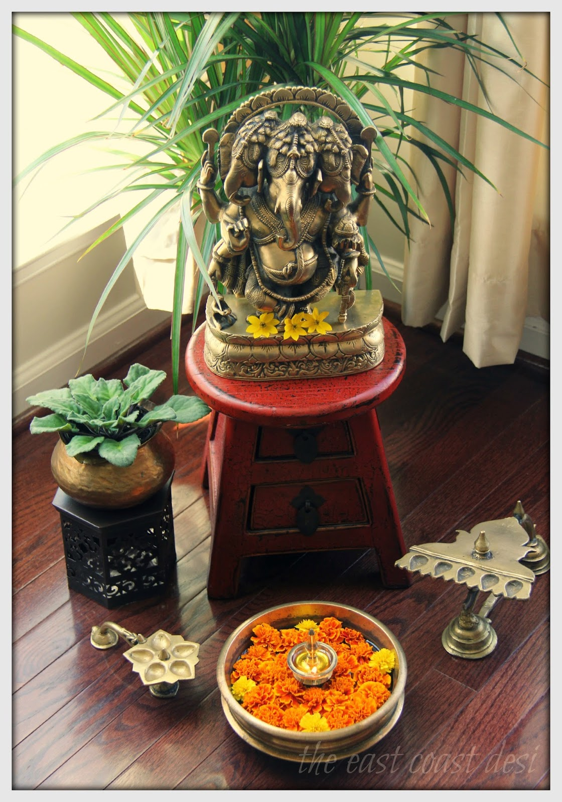 The east coast desi just in time for some ganesha for Home decorations india