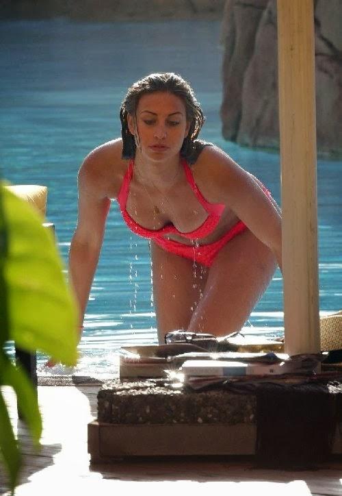 Ferne-McCann-bikini-photos