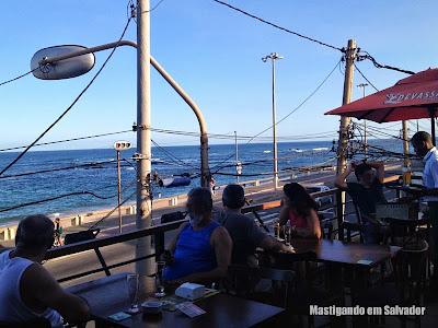 Cervejaria Devassa: Vista do mar a partir da varanda superior