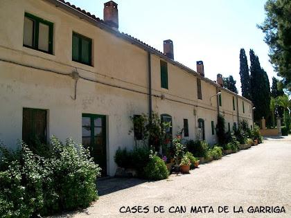 El carrer de cases de Can Mata de La Garriga