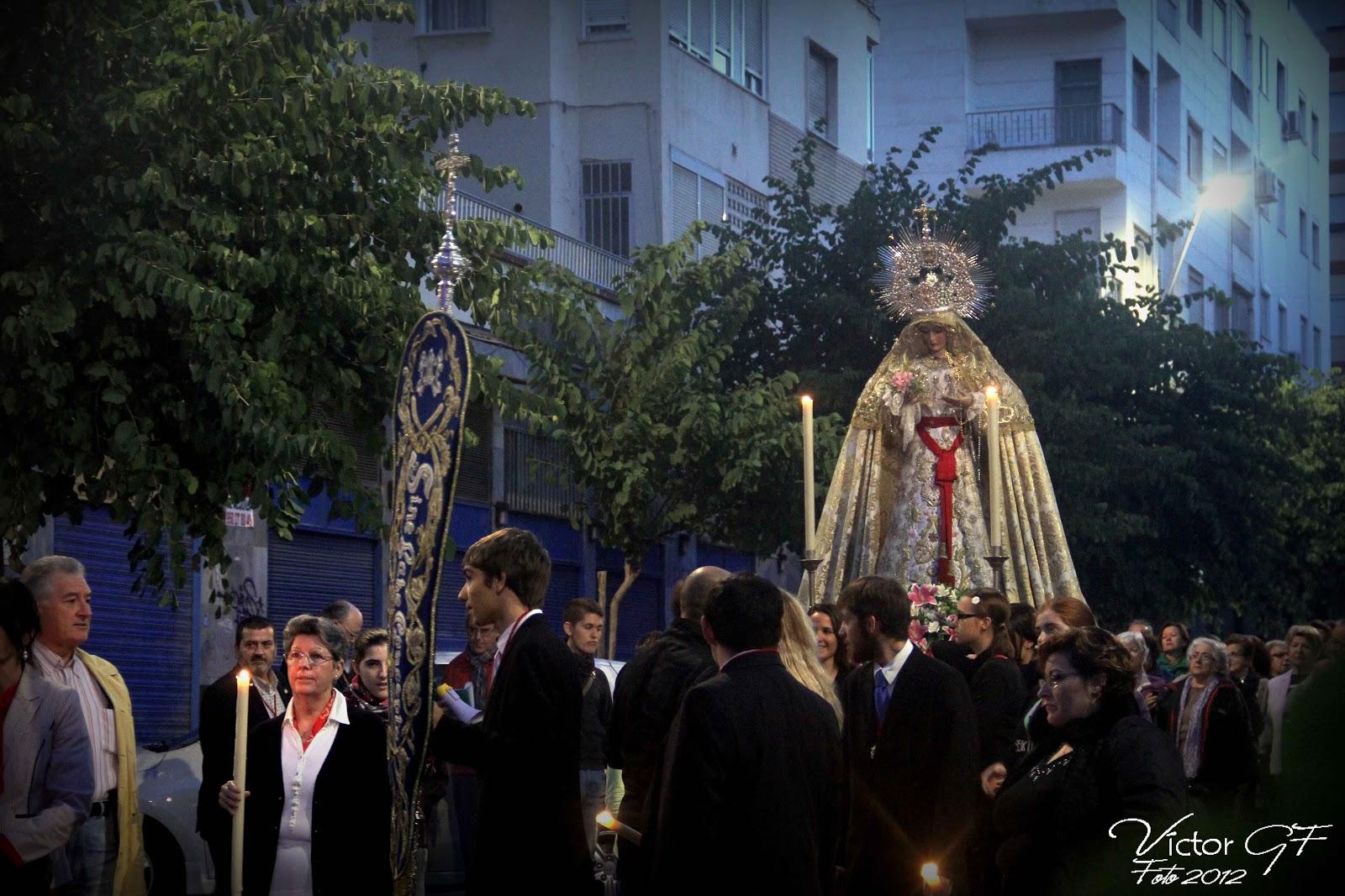 Galería fotográfica del rosario de la Paz en 'El blog de Silencio blanco'