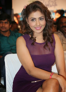 Actress Model Madhu Shalini  Picture Gallery in Short Dress at Ladies and Gentleman Audio Launch  4.jpg