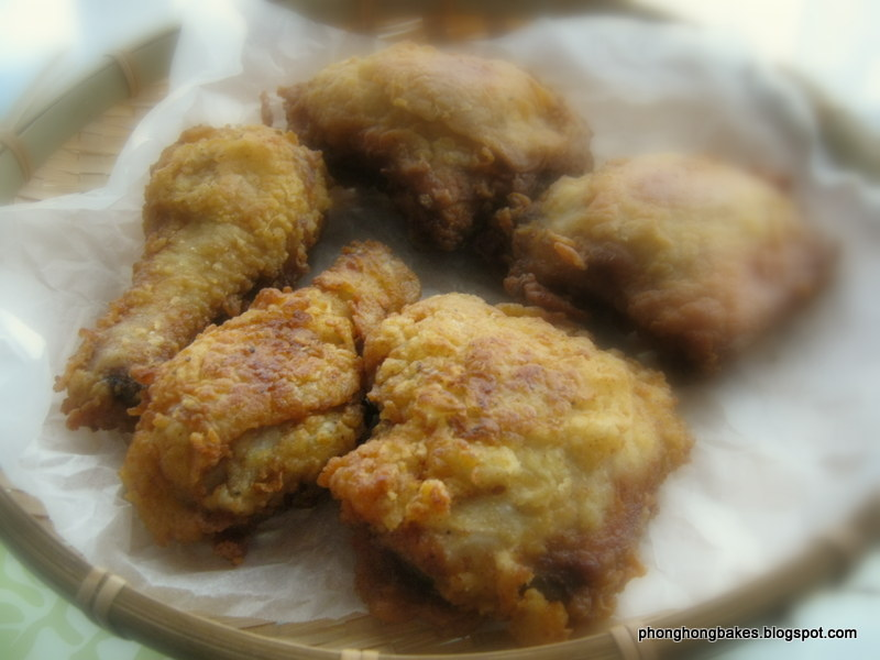 Phong Hong Bakes and Cooks!: Buttermilk Fried Chicken