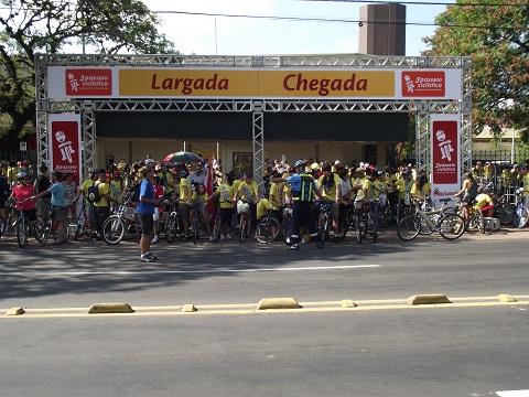 Ponto de largada para o 3º Passeio Ciclístico de Porto Alegre