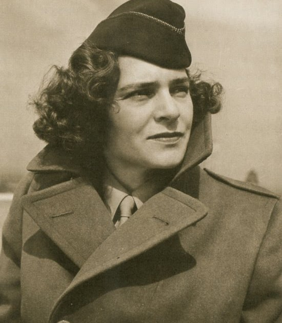 a description of margaret bourke as a famous photgrapher This photo was taken by the well known photographer margaret bourke-white, who was famous for posing her pictures, and passing them off as candid photos the description of this photo, in the news article is this:.