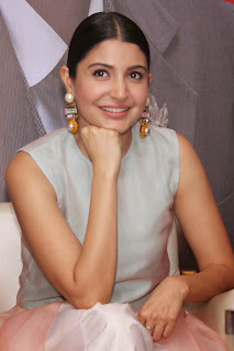 Anushka Sharma looks Gorgeous Smiling Beauty with big earrings promotes Bombay Velvet in Delhi