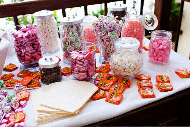 Candy buffets are becoming a popular attraction for parties birthdays