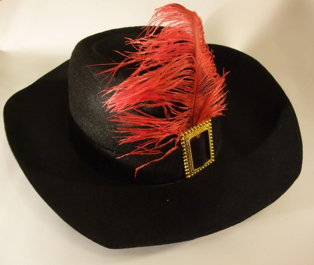 Как своими руками сделать шляпу мушкетера из
