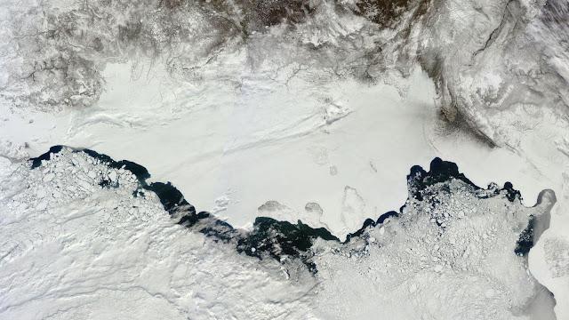 Rozpad lodu w rosyjskiej części Arktyki