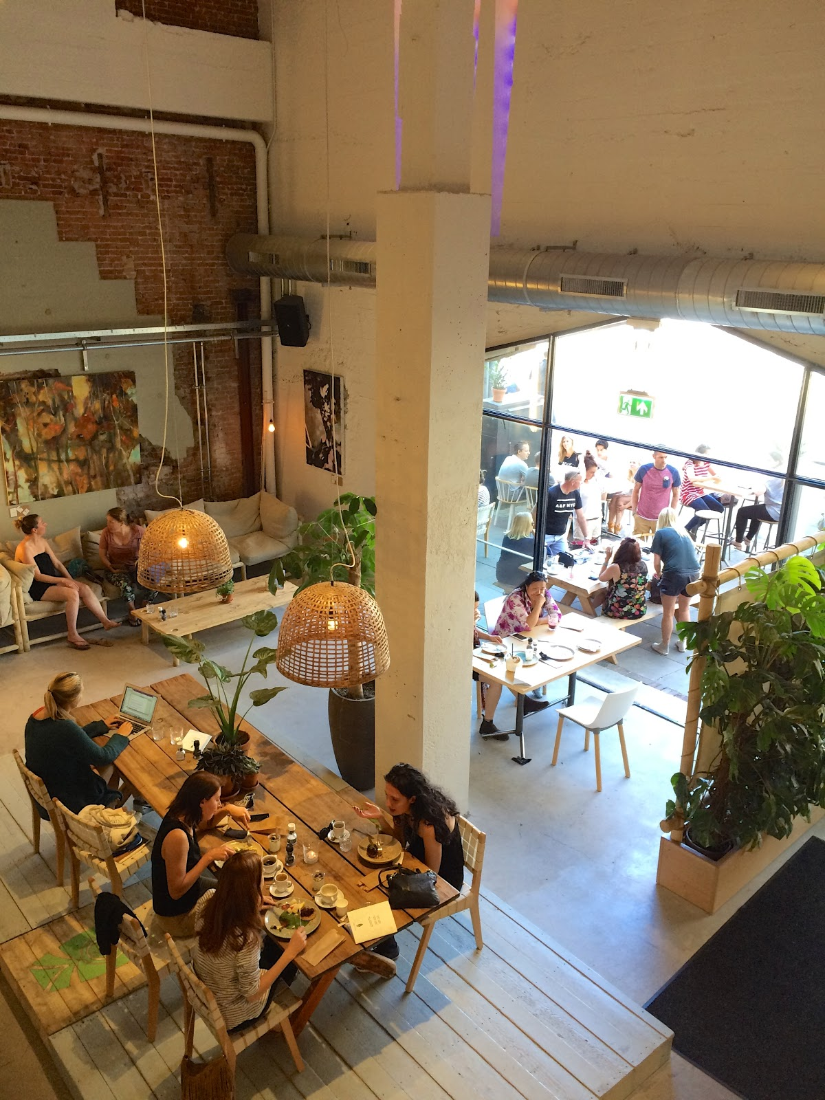 CT Coffee & Coconuts Amsterdam Hotspot Guide
