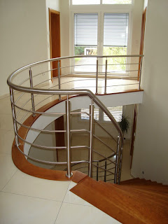 Nеw stainless steel handrail set іn prime condition