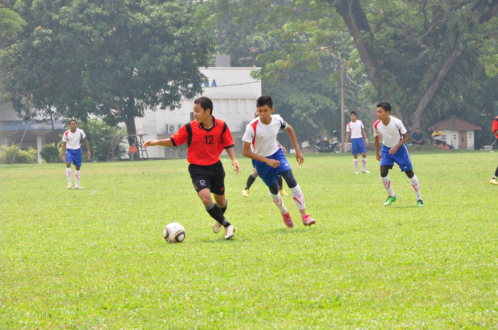 Perlawanan Bola Sepak Perlawanan Bola Sepak Bawah 18