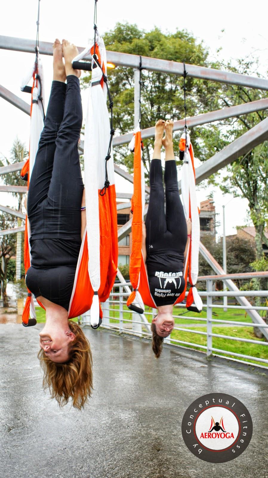Columpio Yoga, AeroYoga®, Aero Yoga en el Aire, yoga aereo Colombia