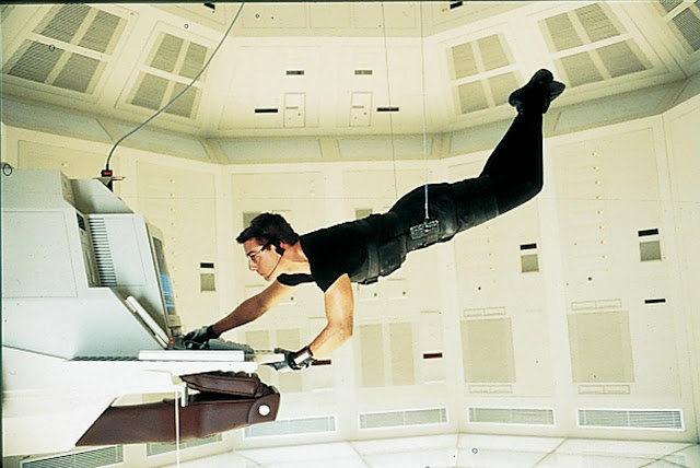 http://3.bp.blogspot.com/-4GpbmPnmfJ8/UXXG65tE7pI/AAAAAAAACXI/7agHAaC3HPA/s640/picture-of-tom-cruise-in-mission-impossible-large-picture.jpg