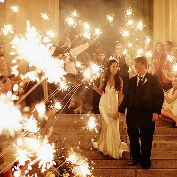 the awesometastic bridal blog sparkler send off ideas