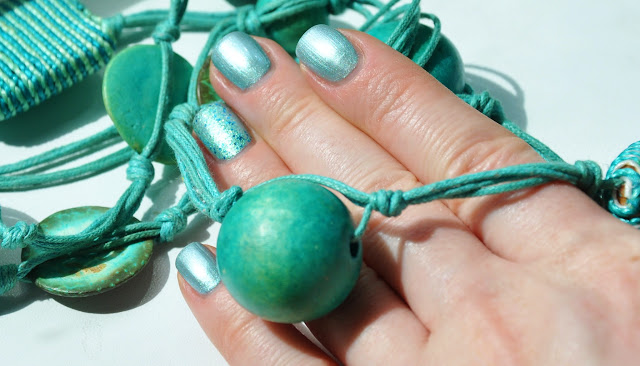Новинка ArtDeco Ceramic Nail Laquer #231 Cosmopolitan Green