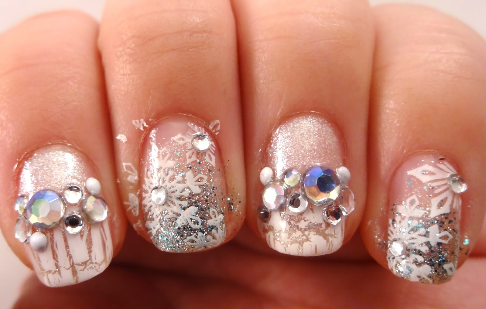 Snowflake Stud Nails