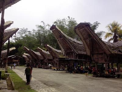Tempat Wisata di Makassar - Ke'te Kesu