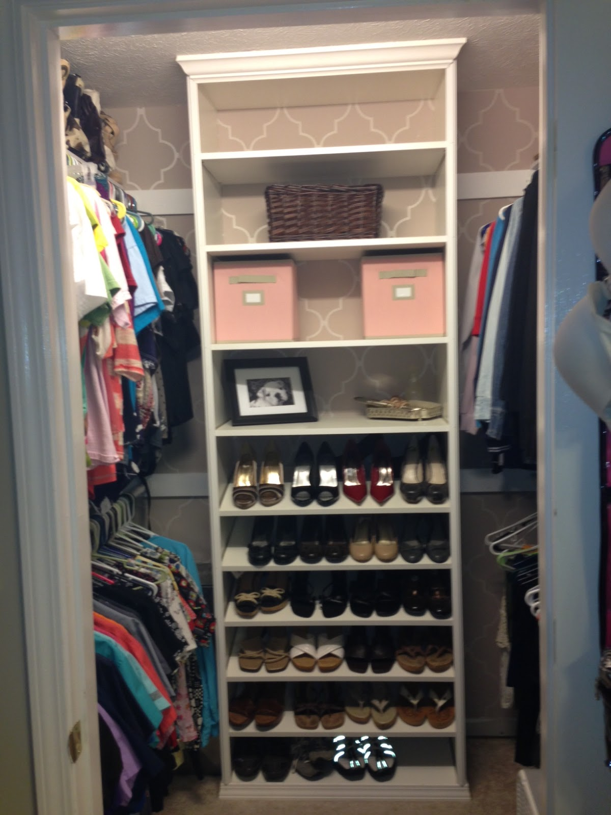 Polka dots & Pooches: DIY Custom Closet