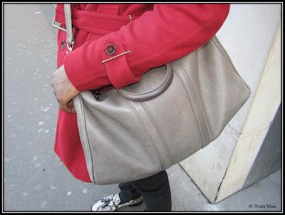sac gris cuir bandoulière homme Louis Vuitton, maxi bag homme gris Louis Vuitton