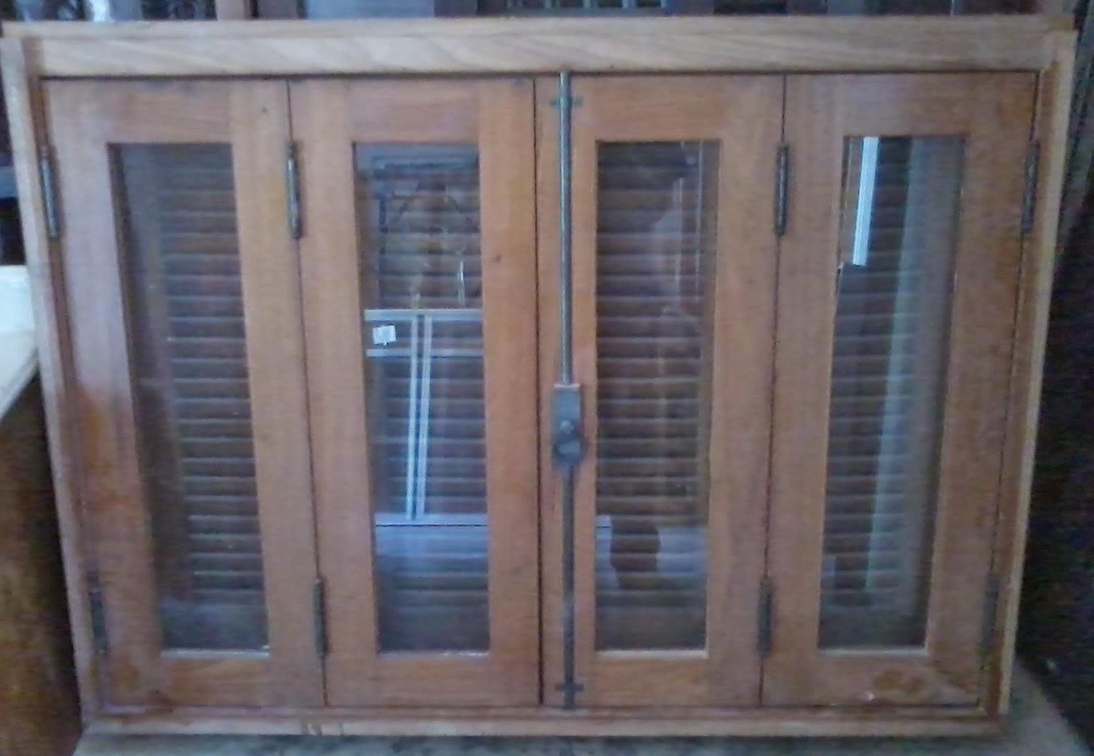 janela de madeira 1,00 x 1,40