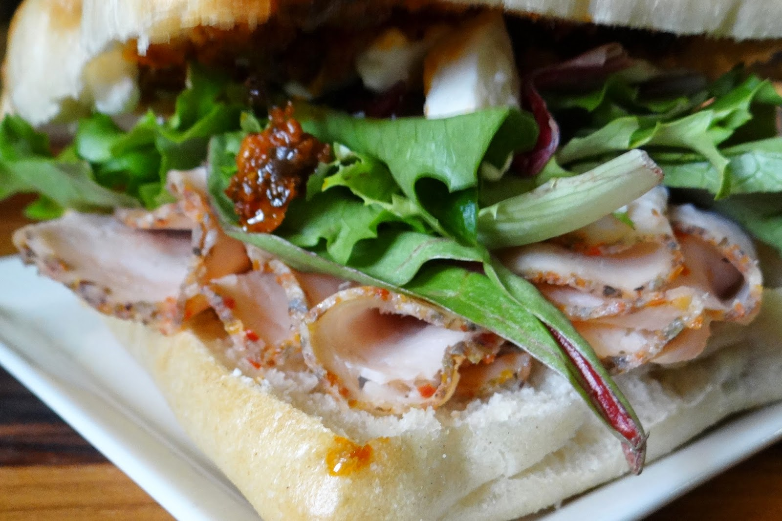 Taste of Tuscany Turkey Sandwich #Recipe #DeliFreshBOLD #spon