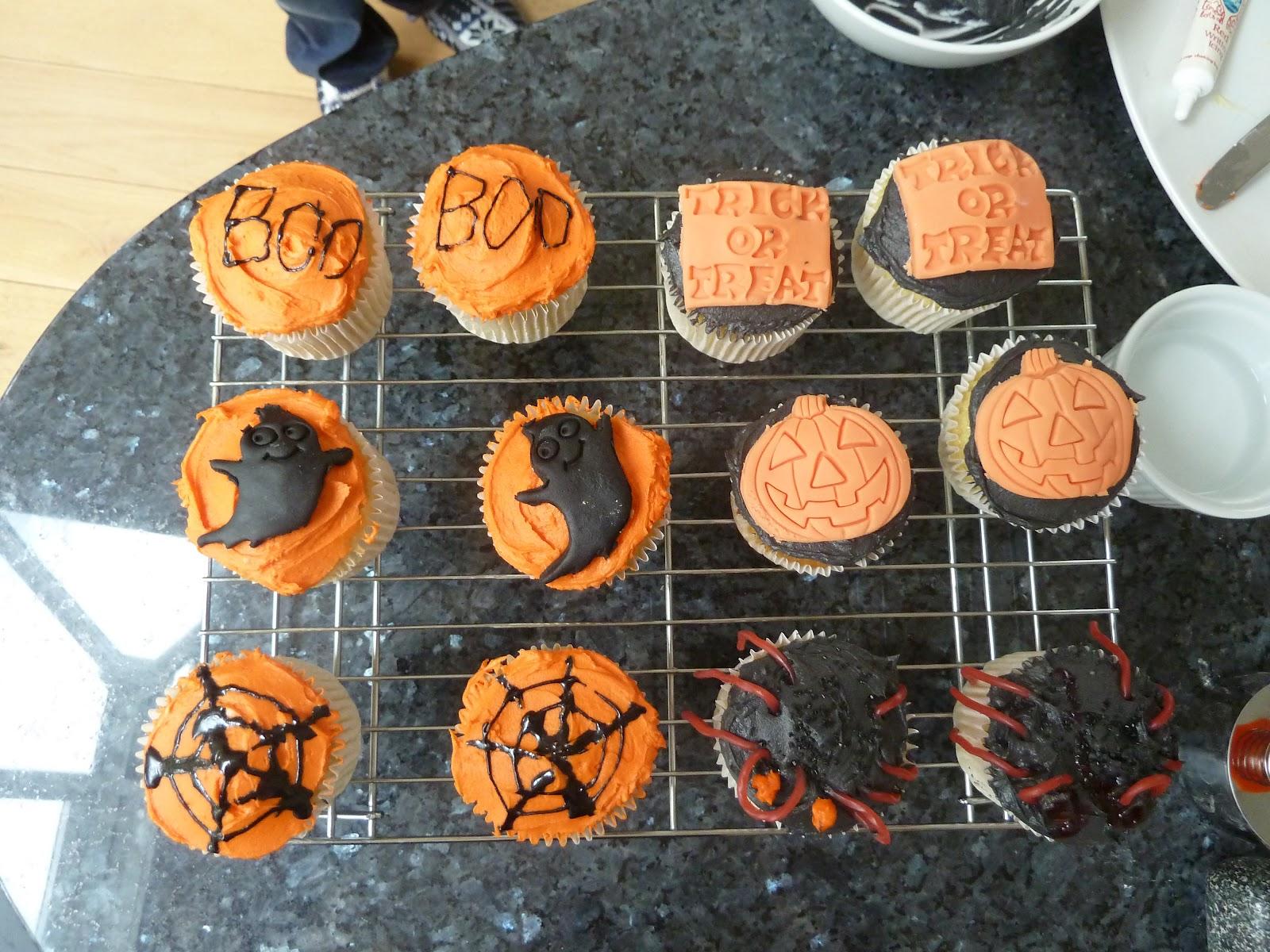 halloween cupcakes uk