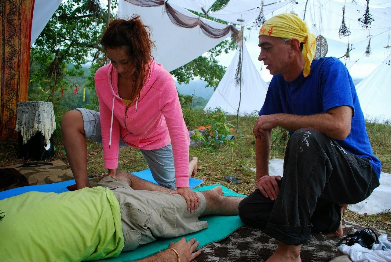 Позы йоги для одного