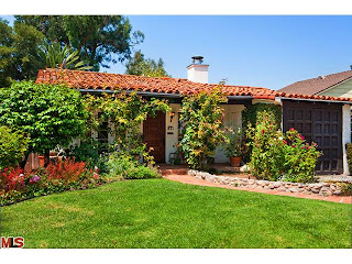 Thumbnail image for Coolest House on Caravan! 831 Wellesley Ave. – Brentwood