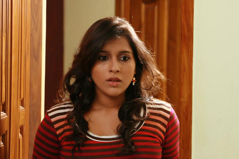 Tamil Actress Rashmi Gautam Hot Photo Stills Gallery cleavage