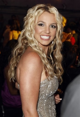 Britney Spears Latest Romance Hairstyles, Long Hairstyle 2013, Hairstyle 2013, New Long Hairstyle 2013, Celebrity Long Romance Hairstyles 2013