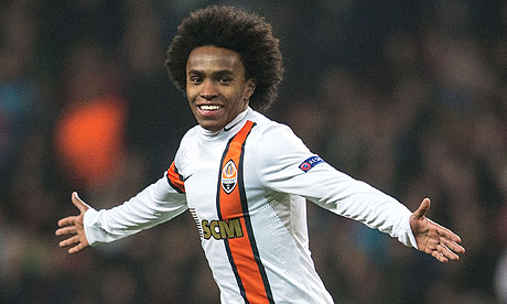 Tottenham are close to completing the signing of Brazil international Willian for a club-record £30m