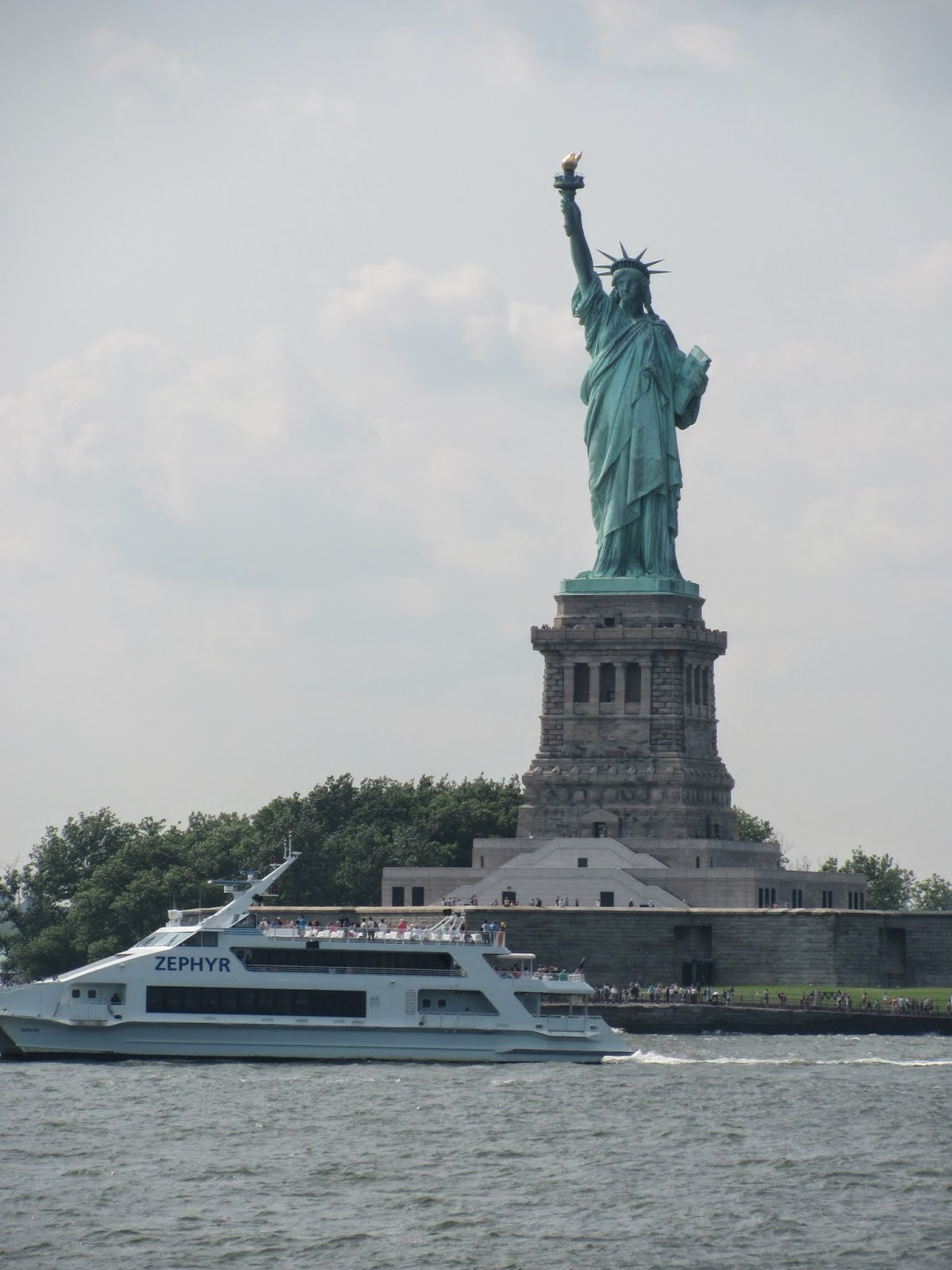 Why Pay for a Statue Cruise with Free Ferries Around?