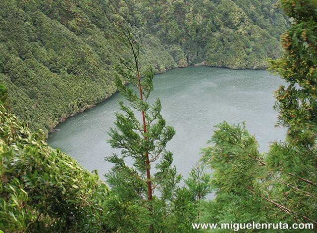 Miradouro-Lagoa-Santiago