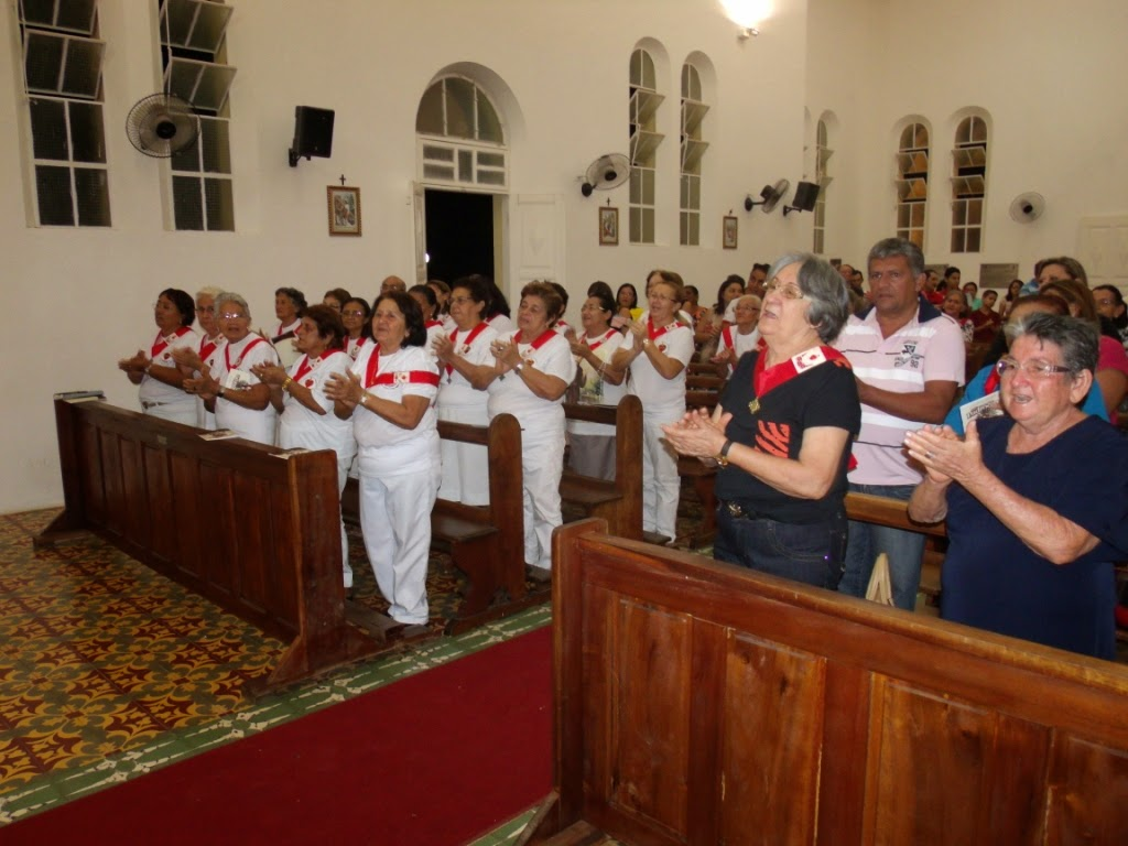 Imagens da 6ª noite de novena em honra ao Sagrado Coração de Jesus