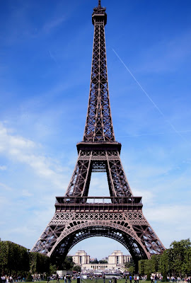 It's the Eiffel Tower, dummy!