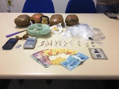 Droga apreendida em Limoeiro fracionada em pedras renderia quase R$ 1 milhão