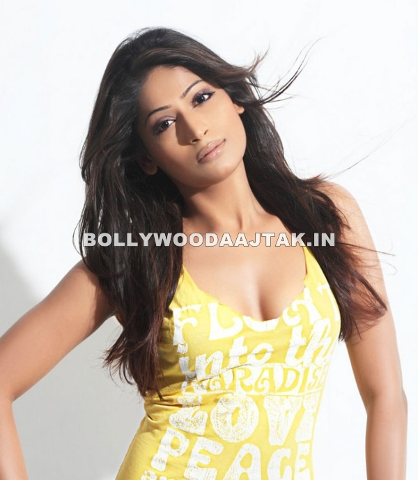 Vijayalakshmi Agathiyan Shows off her long neck in a yellow tank top -  Vijayalakshmi Agathiyan Hot Pics