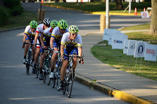 picture of 5 racers breaking away from the pack at the River City Bicycle Classic bike race in Evansville, Indiana