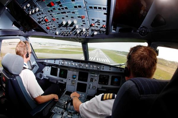 Pilot Asing