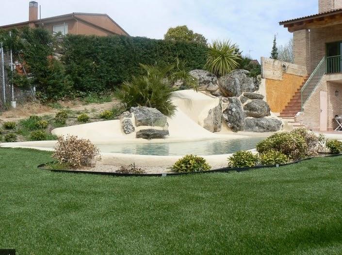 Una playa en casa piscinas de arena interiores por - Piscinas con arena ...