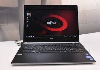 Fujitsu LifeBook UH572 Reviews dan Spesifikasi