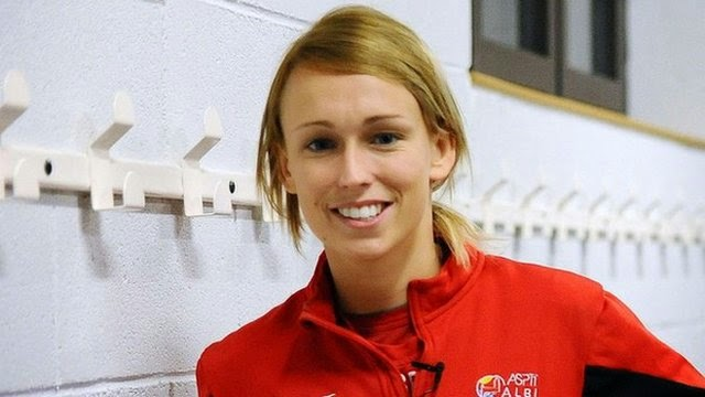 Hebat Dia Cantik Dia Pemain Bola Sepenuh Masa Jaringannya Antara Tercantik Di Dunia