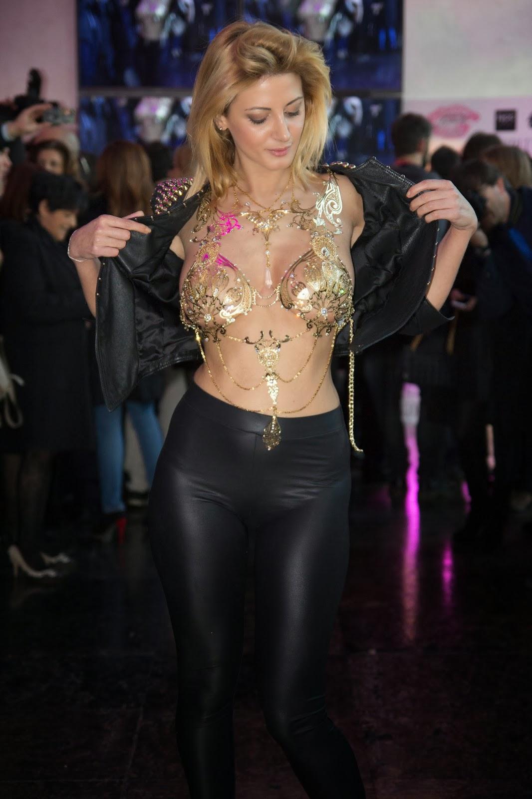 Feet Rosy Maggiulli naked (14 photos), Tits, Sideboobs, Selfie, butt 2015